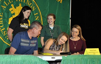 alyson kuehn nebraska wesleyan university golf