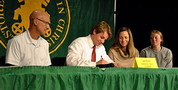 joe pynes benedictine college football