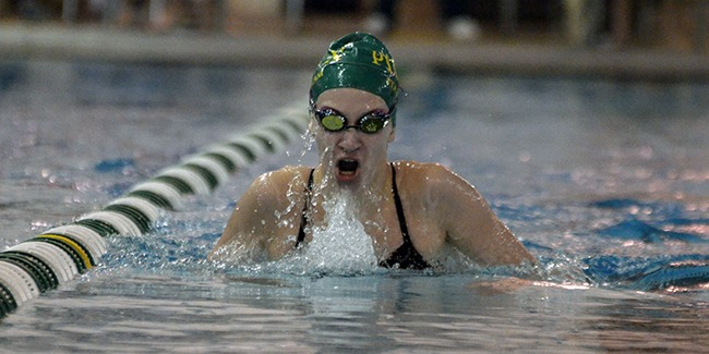 Pius X Thunderbolts swimming and diving