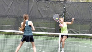 pius x thunderbolts girls tennis