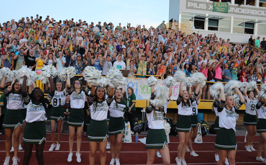 homecoming 2018 cheer student section