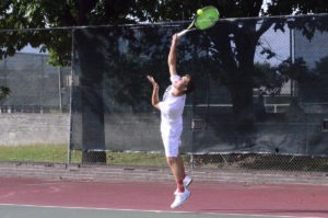 pius x thunderbolt boys tennis