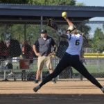 girls thunderbolt softball