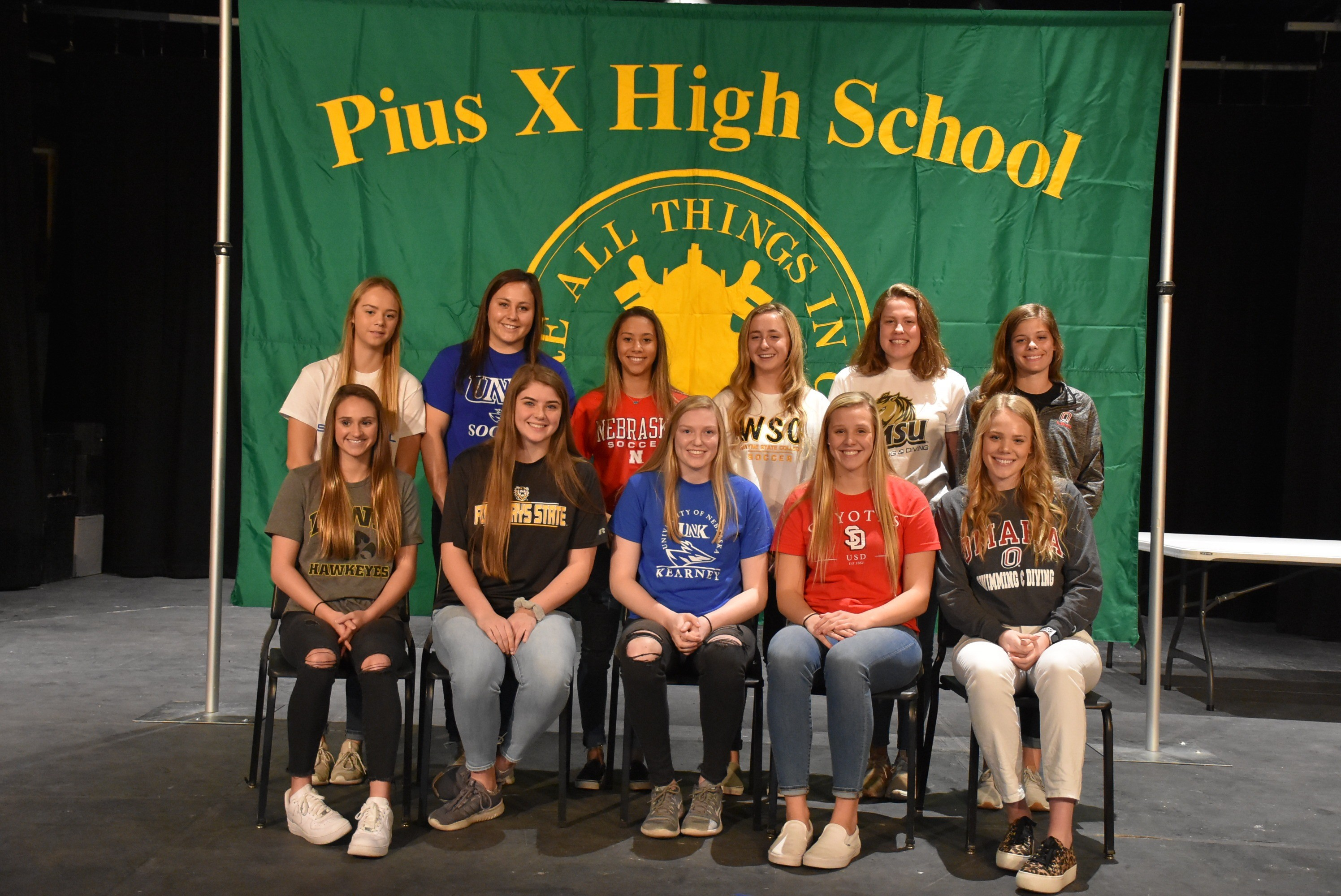 fall 2019 student recognition signing